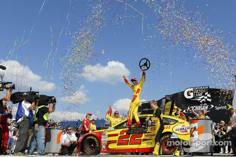 Logano gets first win with Penske and Ford at Michigan