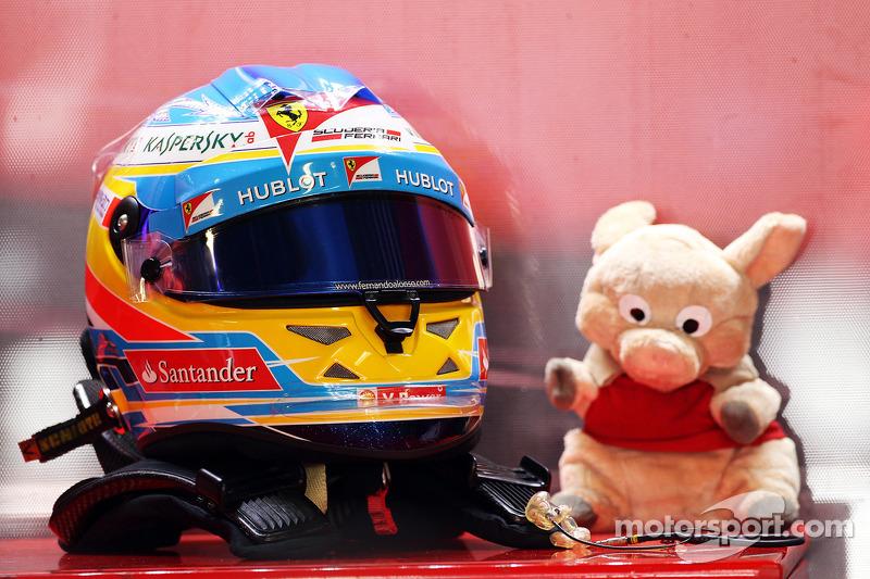 'Silly season' still dominating talk in F1 paddock