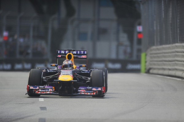 Red Bull Racing in charge at Marina Bay