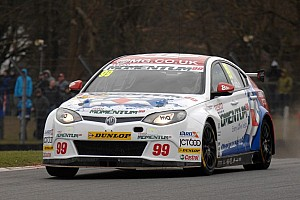 BTCC Qualifying report Plato on pole for Brands Hatch finale