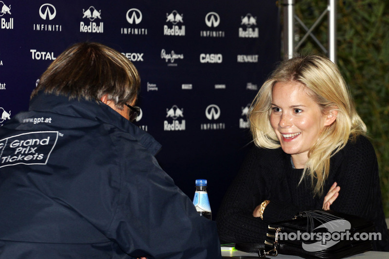 Vettel could marry girlfriend Hanna