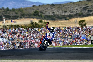 MotoGP Race report Lorenzo signs off 2013 with masterful Valencia victory