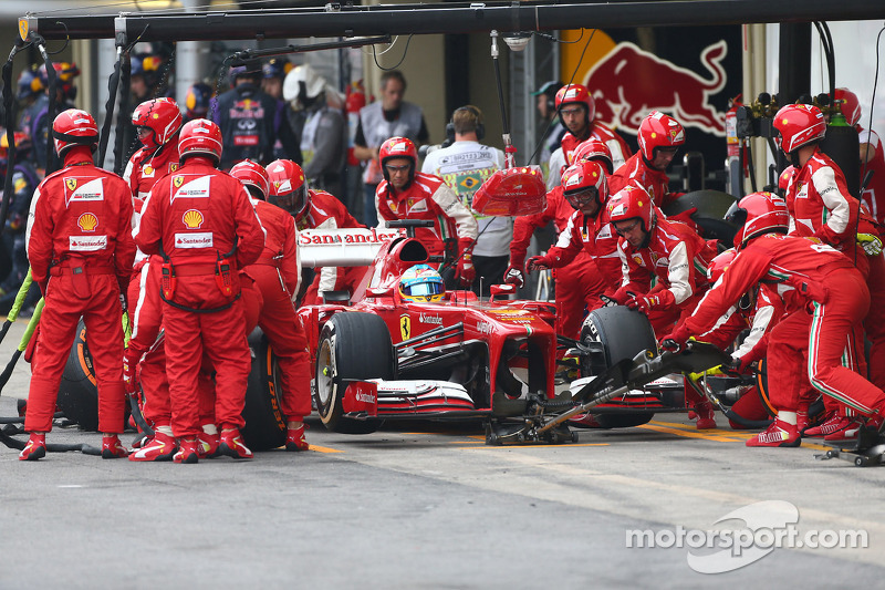 Alonso has his first taste of 2014