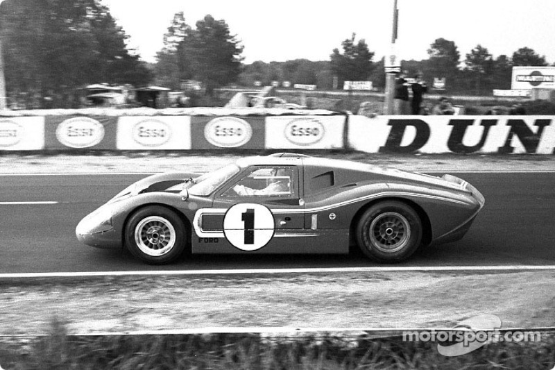 Historic cars at the first true 24-hour vintage endurance race in North America