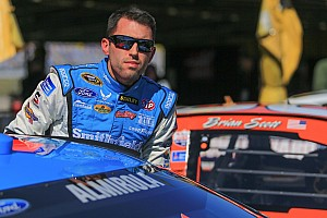 Aric Almirola sets new track record at Darlington Raceway