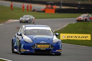 BTCC Race report Trio of top ten's for Airwaves Racing at Donington Park