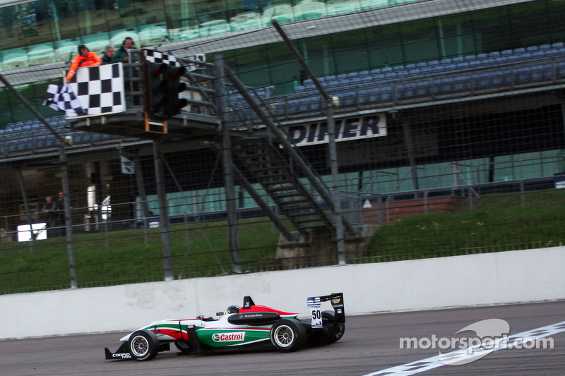 Sam Macleod captures second victory of the weekend