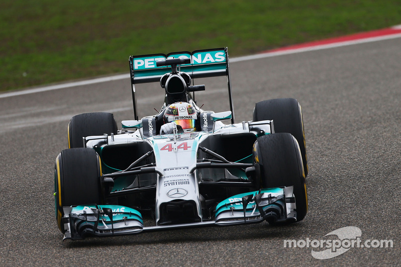 Hamilton fastest in opening practices in Spain