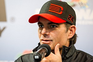 Will Jeff Gordon's back hold up long enough to win a fifth championship?