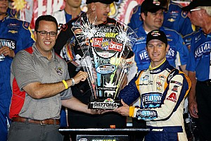 Kasey Kahne steals the NASCAR Nationwide race at Daytona