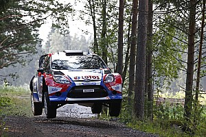 Kubica damaged the suspension of his Ford Fiesta on day 2 in Finland