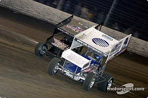 World of Outlaws Race report Shane Stewart makes last lap pass to win Knoxville Nationals qualifier