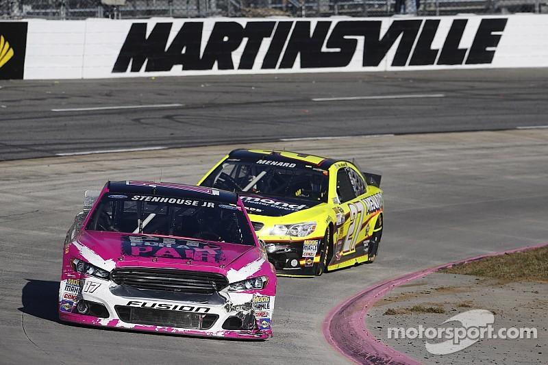 Stenhouse gets best career Martinsville finish