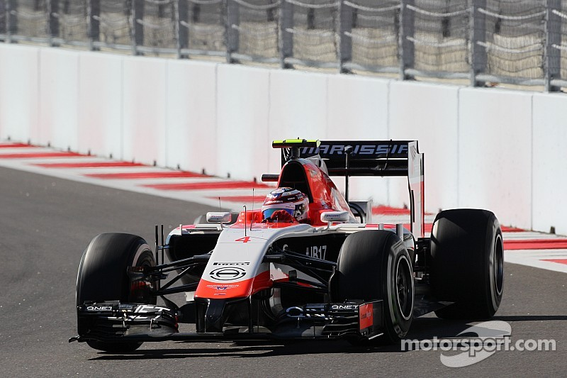 Marussia's Lowdon will fight until there's 'no chance at all'