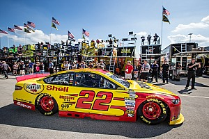 Logano is cool under pressure