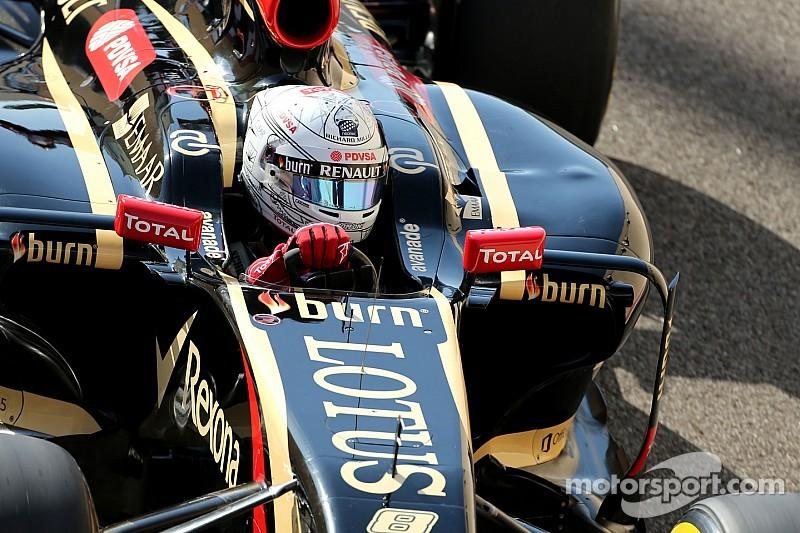 Grosjean admits Ferrari 'discussions'