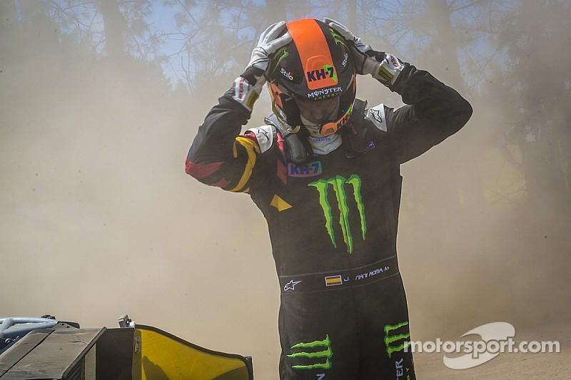 Reigning Dakar champion already out of contention