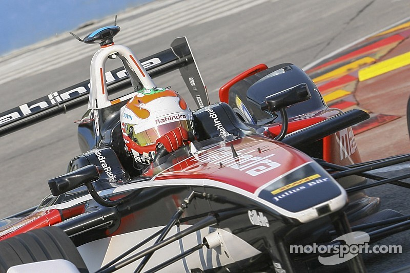 Karun Chandhok forced to retire from Argentina ePrix