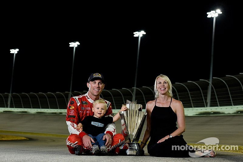 Harvick knows best