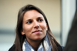 IndyCar Breaking news De Silvestro returns to IndyCar with Andretti