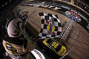 Kenseth wins longest Bristol race in NASCAR history