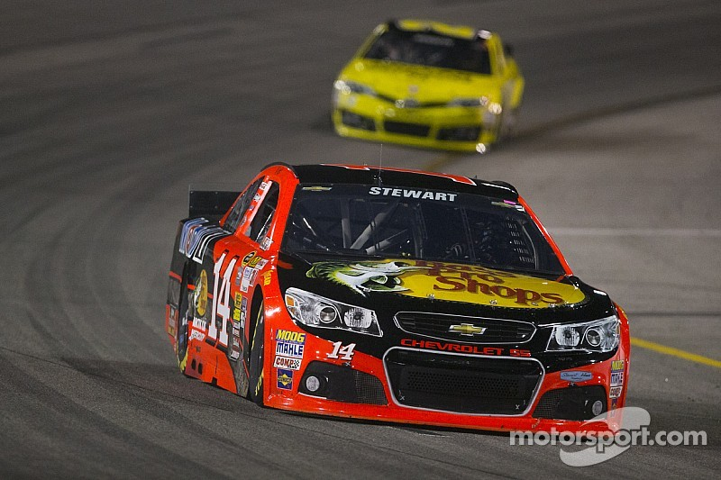 Stewart admits to struggle, aims to catch teammates