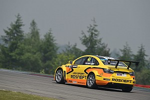Van Lagen stays on at Lada for Moscow