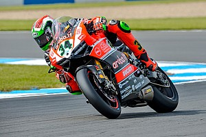 World Superbike Practice report Giugliano the man to beat on opening day at Portimão