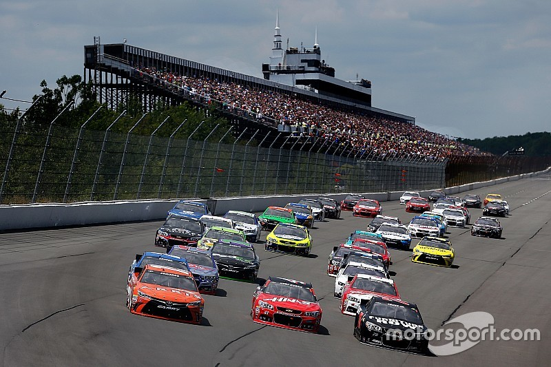 Nascar Sprint Cup Cars Could Have A Different Look By