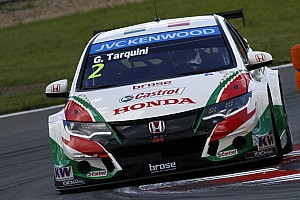 Tarquini tops tight test session at Paul Ricard