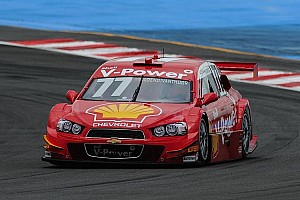 Brazilian Stock Cars: Valdeno Brito takes pole