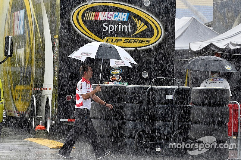Kentucky qualifying rained out for Cup and XFINITY Series