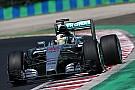 Red Bull le da pelea a Mercedes en la segunda práctica