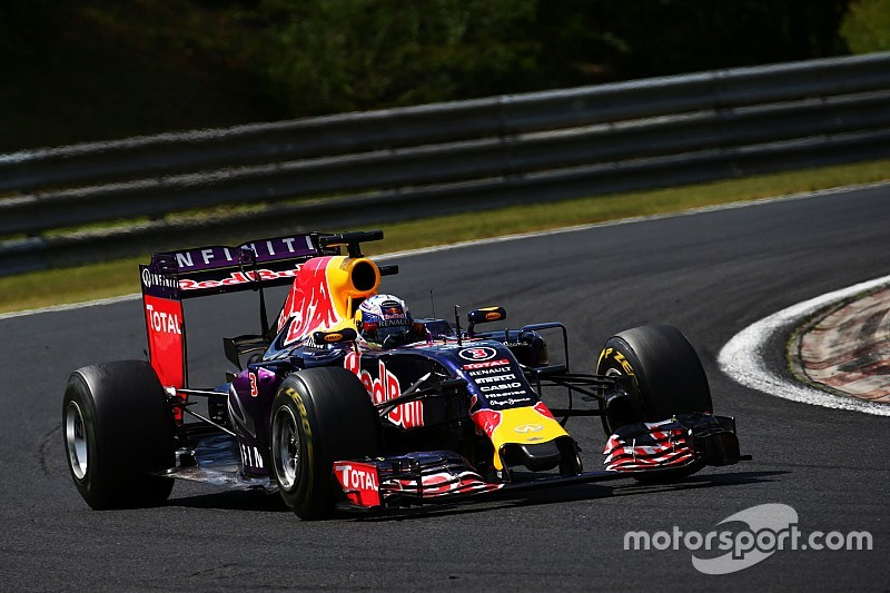 Ricciardo set for double engine penalty blow