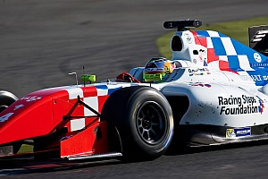 Formula V8 3.5 Qualifying report Le Mans FR3.5: Rowland claims third consecutive pole