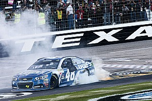 NASCAR Sprint Cup Race report Jimmie Johnson takes Texas win after late-race battle