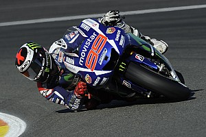 MotoGP Breaking news Lorenzo undecided on using #1 plate in 2016
