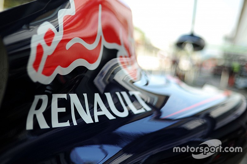 Red Bull tensions have hindered development, says Renault