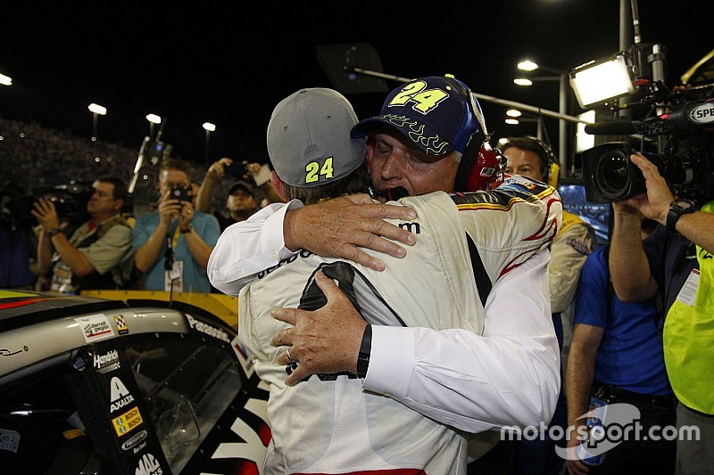 Jeff Gordon's final ride ends with celebration but no championship