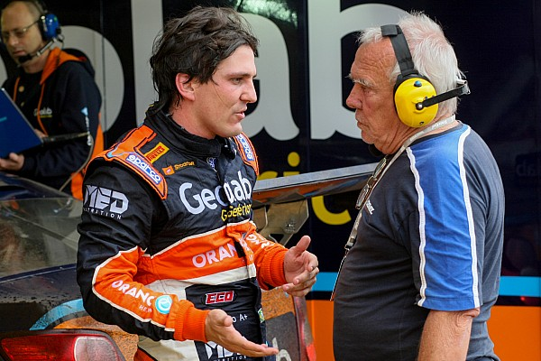 Stock Car Brasil Últimas notícias Denis Navarro renova com Vogel Motorsport