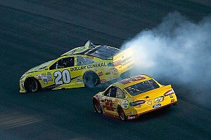 NASCAR Sprint Cup Special feature Top Stories of 2015; #10: No winners in Kenseth vs Logano Chase war