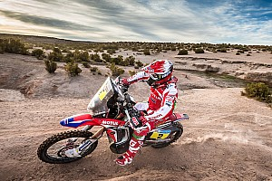 Dakar Stage report Dakar Bikes, Stage 7: Goncalves pulls away as Meo gets first win
