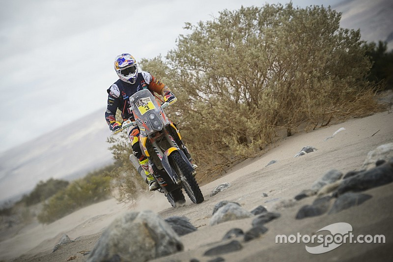 Dakar Bikes, Stage 11: Price closes on victory, Goncalves crashes out