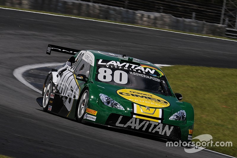 Brazilian V8 Stock Cars: Stars show their pace