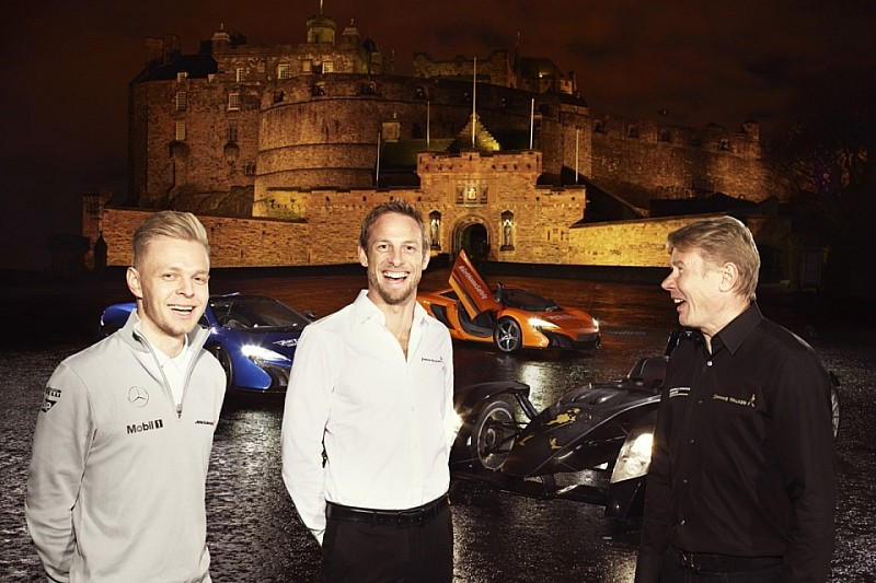 Правление McLaren не смогло выбрать гонщиков