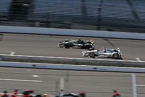 IndyCar BRÉKING Videón, ahogy Montoya kiesik az Indy 500-ról