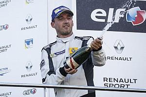 GT Résumé de course Renault Sport Trophy - Kubica sur le podium