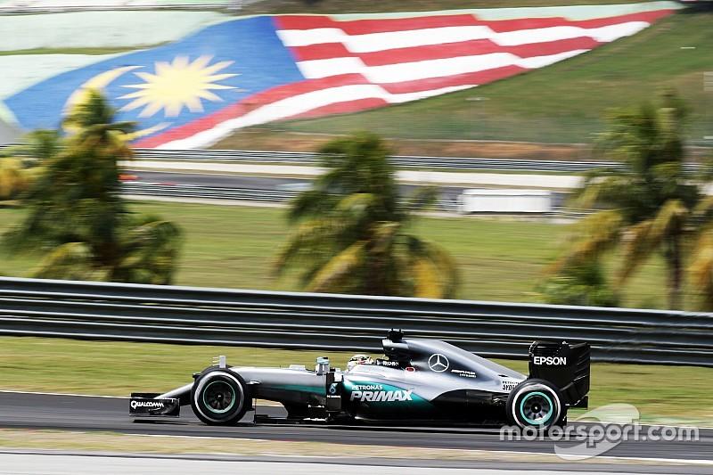 Hamilton dá troco em Rosberg e lidera sexta-feira na Malásia