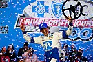 NASCAR XFINITY Logano supera Larson pela Xfinity; Ty Dillon está fora