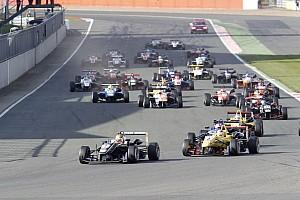 فورمولا 3 الأوروبية أخبار عاجلة فورمولا 3: الروزنامة المُحدّثة للسلسلة الأوروبيّة تؤكّد عودة جولة سيلفرستون